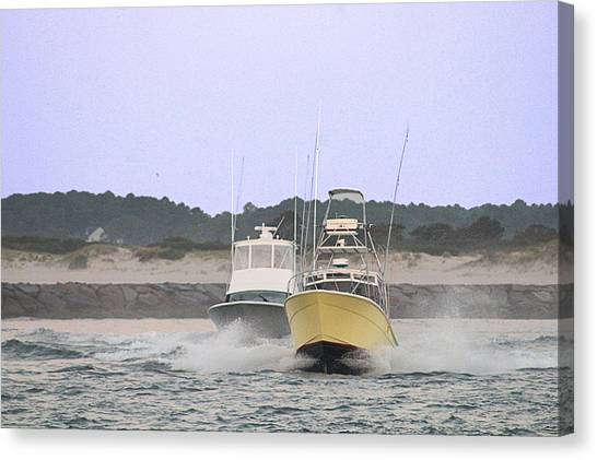 Canvas Print featuring the photograph Racing Thru The Inlet by Robert Banach