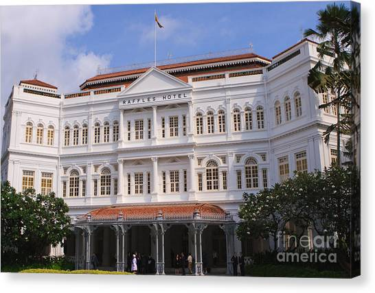 Raffles Hotel - Singapore Canvas Print by Pete Reynolds