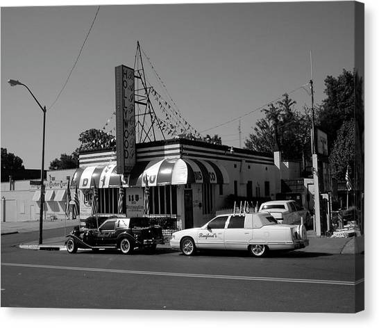 Canvas Print featuring the photograph Raifords Disco Memphis A Bw by Mark Czerniec