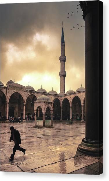 Rain At The Blue Mosque Canvas Print