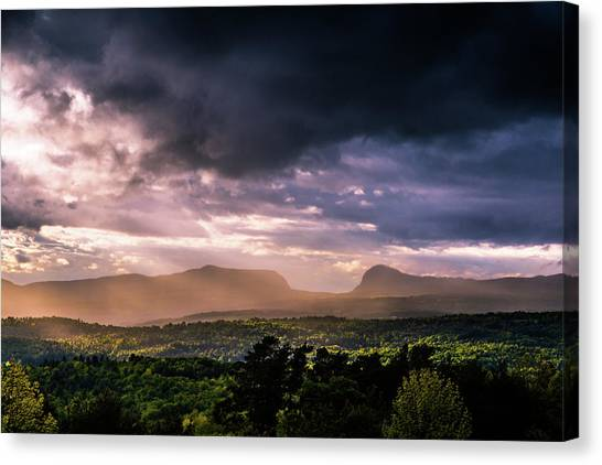 Rain Showers Over Willoughby Gap Canvas Print