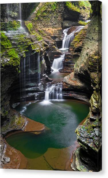 Rainbow Falls Photograph By Guy Schmickle