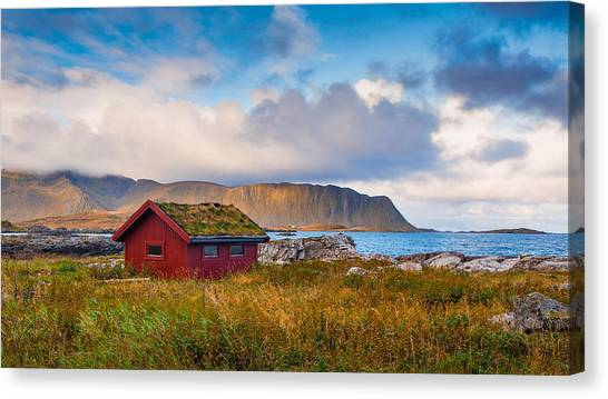 Ramberg Hut Canvas Print