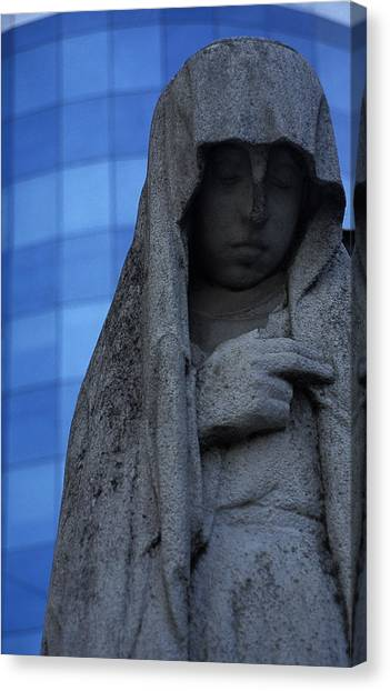 Recoleta Statue Canvas Print by Marcus Best