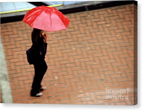 Red 1 - Umbrellas Series 1 Canvas Print by Carlos Alvim