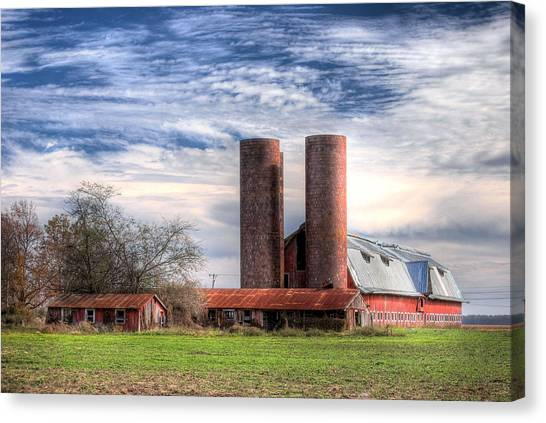 Red Barn II Canvas Print by Michael Taylor