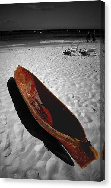 Red Paddle Boat Playa Del Carmen Canvas Print by Tom Fant