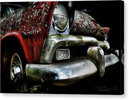 Canvas Print featuring the photograph Red Plymouth Belvedere by Glenda Wright