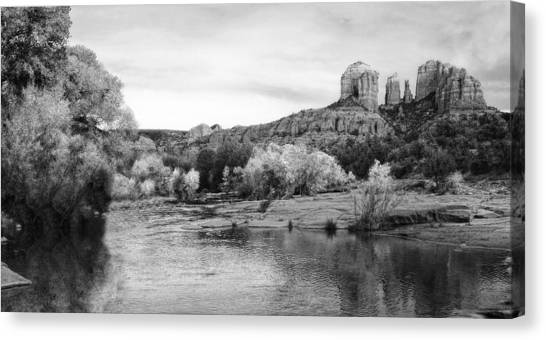 Red Rock Crossing At Cathedral Rock Canvas Print