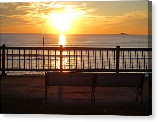 North Shore Ma Canvas Print   Red Rock Park Bench At Sunrise Lynn Shore  Drive By