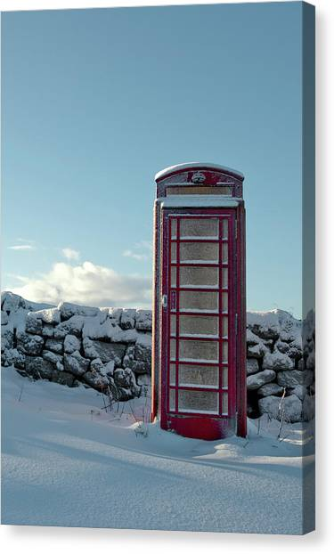 Red Telephone Box In The Snow IIi Canvas Print