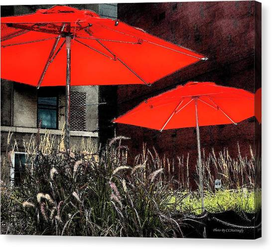 Red Umbrellas In Chicag Canvas Print