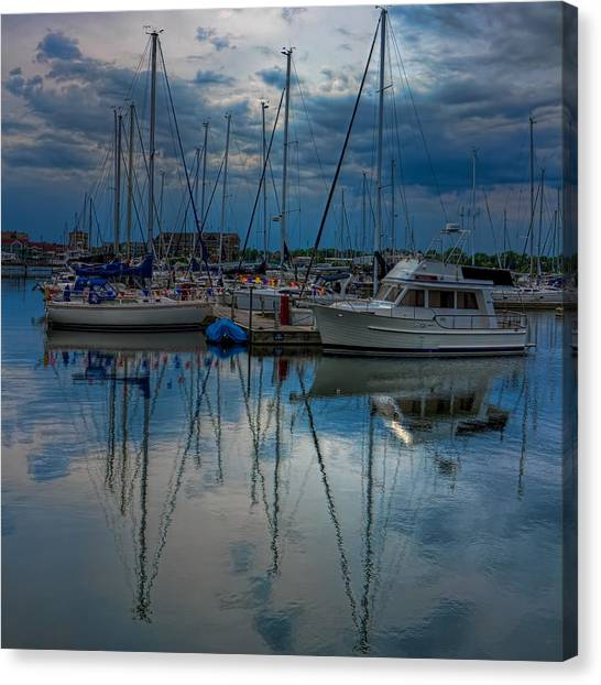 Reefpoint Marina Square Format Canvas Print