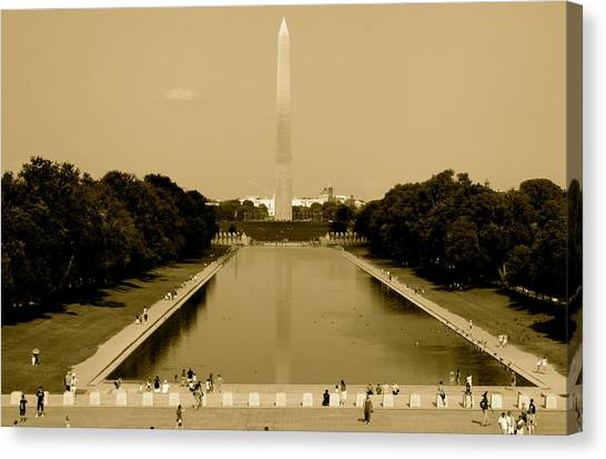 Reflecting Pool Of The Washington Monument Canvas Print by Aimee Galicia Torres