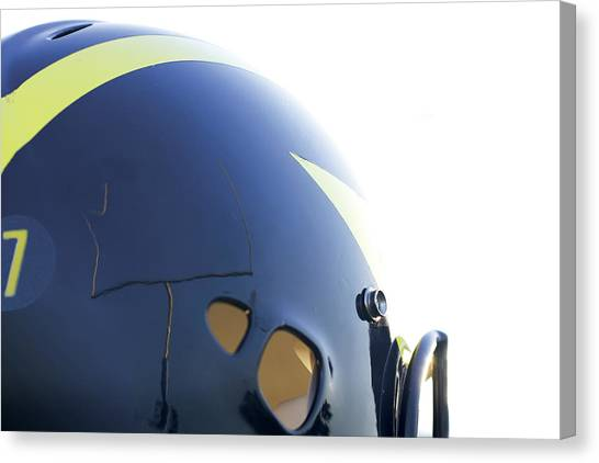 Reflection Of Goal Post In Wolverine Helmet Canvas Print