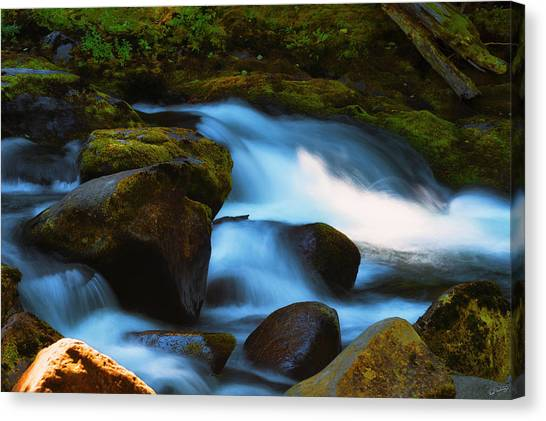 Refreshing Flow Canvas Print