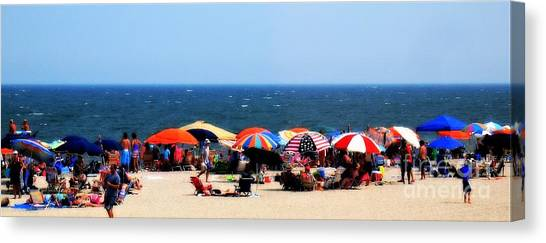 Canvas Print featuring the photograph Rehobath Beach by Patti Whitten