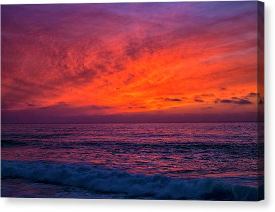Canvas Print featuring the photograph Remains Of Day by Mike Trueblood