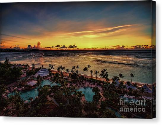 Canvas Print featuring the photograph Resort Sunset by Ray Shiu