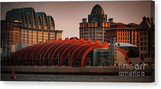 Canvas Print featuring the photograph Resort World Sentosa by Ray Shiu