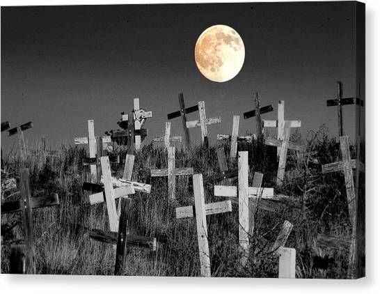 Reverent Moonlight.... Canvas Print