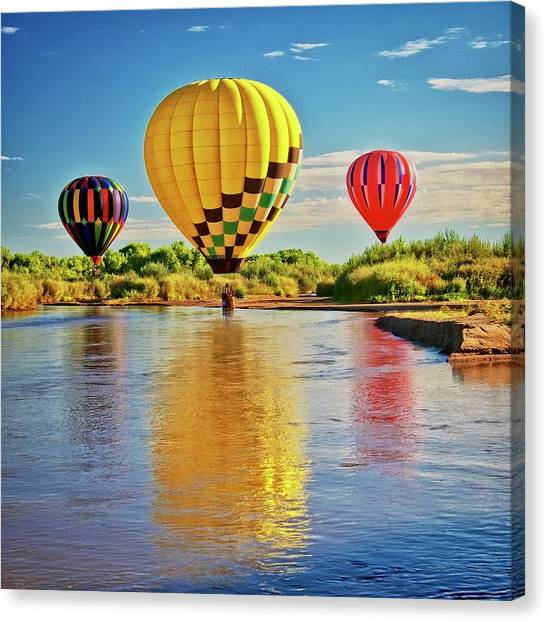 Rio Grande Balloon Reflection, Albuquerque, Nm Canvas Print