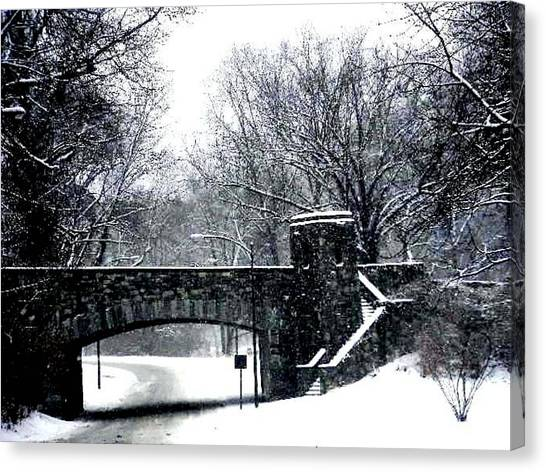 Rock Creek Parkway Washington Dc Canvas Print by Fareeha Khawaja