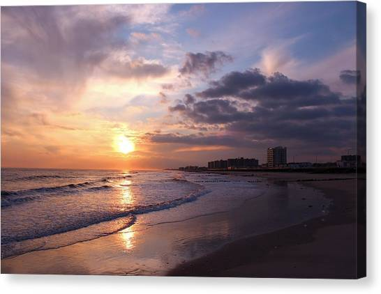 Rock Rock Rockaway Beach Canvas Print