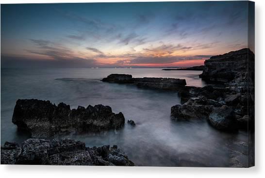 Rocky Coastline And Beautiful Sunset Canvas Print
