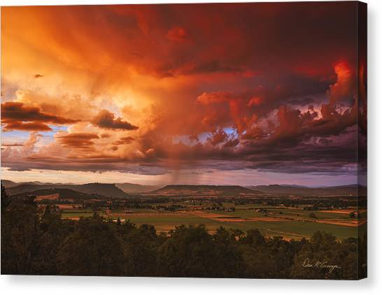 Rogue Valley Sunset Canvas Print