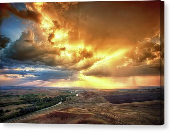 Rolling Rain Of Summer Sunset Canvas Print