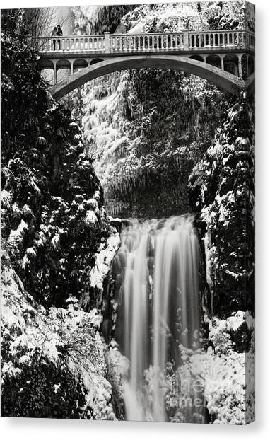 Romantic Moments At The Falls Canvas Print
