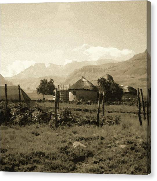 Rondavel In The Drakensburg Canvas Print