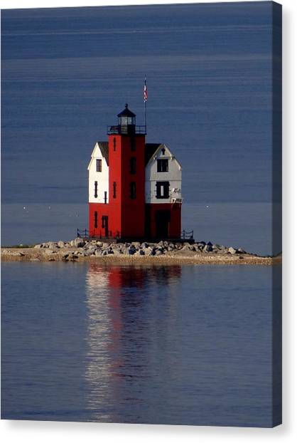 Round Island Lighthouse In The Morning Canvas Print