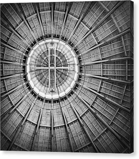 Roundhouse Architecture - Black And White Canvas Print