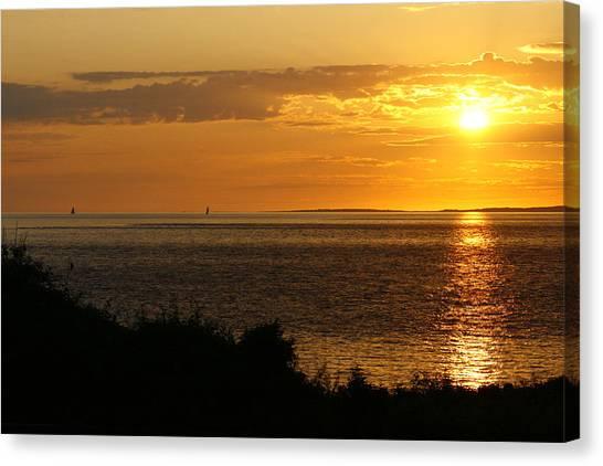 Rounding Block Island At Sunrise Canvas Print