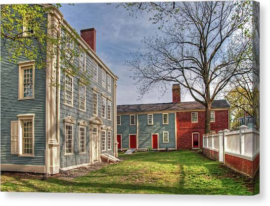 Royall House And Slave Quarters Canvas Print