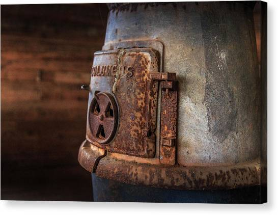 Canvas Print featuring the photograph Rusty Stove by Doug Camara