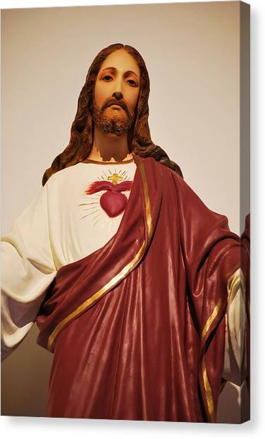 Sacred Heart Of Christ Canvas Print by Michelle Hastings