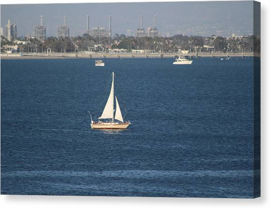 Sailboat On The Pacific In Long Beach Canvas Print