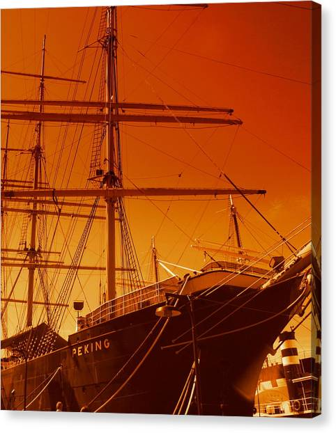 Sailin Out Of Here Canvas Print by Julie Lueders