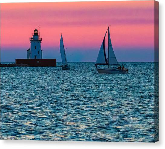 Sailing At The Cleveland Lighthouse  Canvas Print