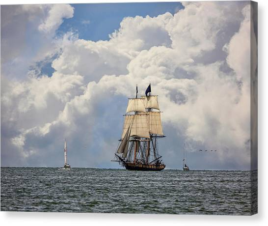 Canvas Print featuring the photograph Sailing To Port by Dale Kincaid
