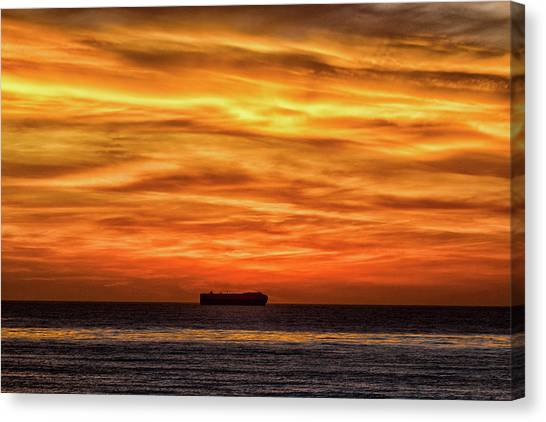 Canvas Print featuring the photograph Sailor's Delght by Mike Trueblood