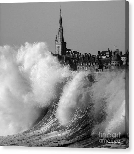 Saint-malo, The Wave Canvas Print