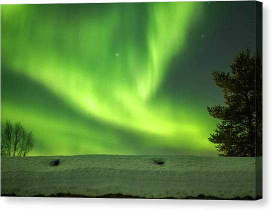 Sapmi Hut Rooftop Under The Northern Lights Karasjok Norway Canvas Print