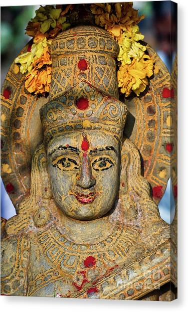 Saraswathi Statue In Morning Light Canvas Print by Tim Gainey