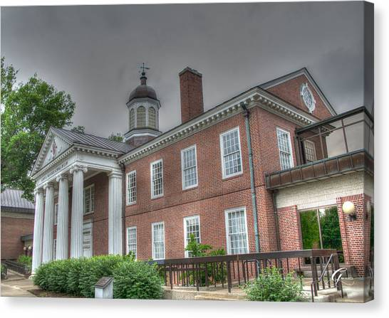 University Of Louisville Canvas Print - School Of Law University Of Louisville Ky Iv by Gina Munger