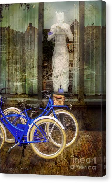 Screaming King Bike Canvas Print