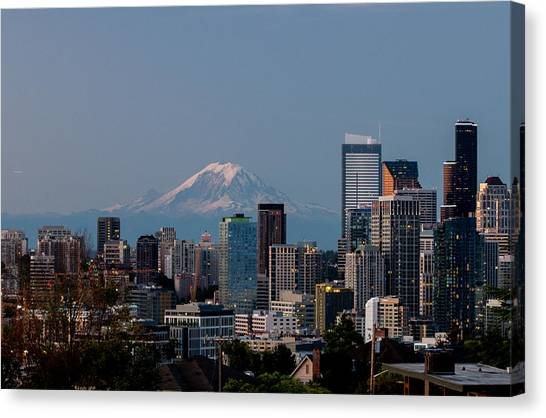 Seattle-mt. Rainier In The Morning Light .1 Canvas Print